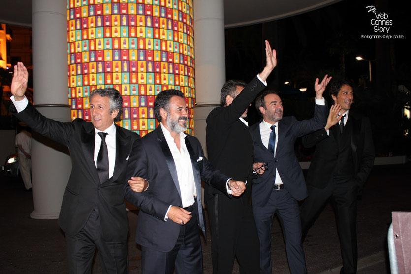 """La très joyeuse équipe du film """"La verité si je mens 3 """" de Thomas Gilou, à l'Hôtel Martinez - Festival de Cannes 2011 - Photo  © Anik Couble"""