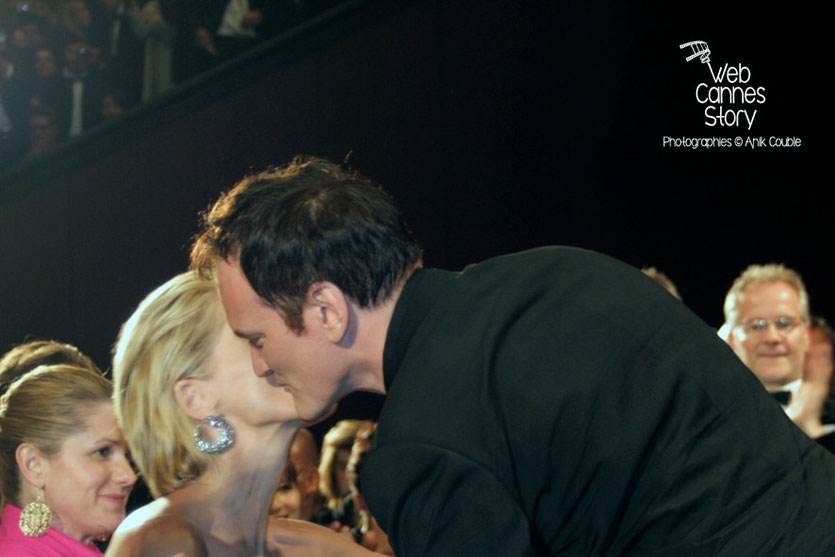 "Quentin Tarantino et Sharon Stone, lors de la projection du film ""Inglorious Basterds""- Festival de Cannes - 2009 - Photo © Anik COUBLE"