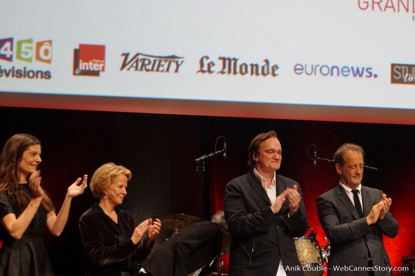 Chiara Mastroïanni, Quentin Tarantino et Lambert Wilson - Cérémonie de remise du Prix Lumière - Amphitheâtre 3000 - Lyon - Oct 2016  - Photo © Anik Couble