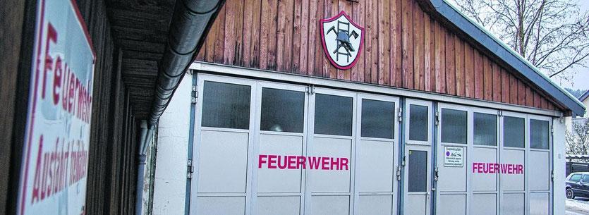 Seit Jahren überfällig ist der Neubau eines Gerätehauses für die Zweifaller Löschgruppe der Feuerwehr. Der Neubau soll an der Jägerhausstraße am Ortsausgang nach Vicht entstehen.Fotos: J. Lange
