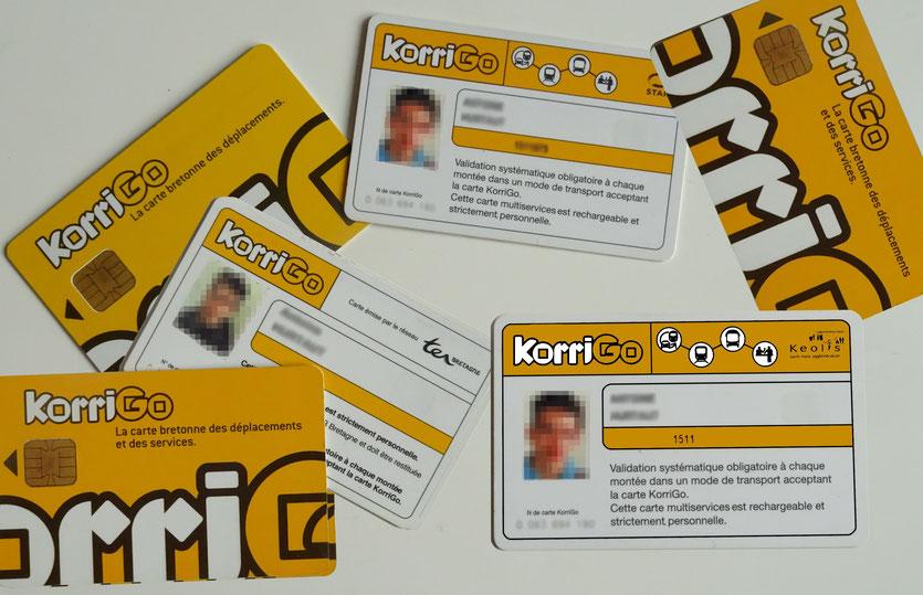 Photomontage de différentes générations de cartes KorriGo émises par différents réseaux de transport bretons.