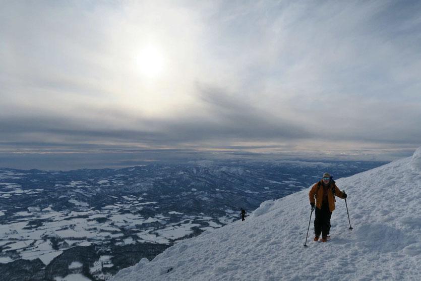 Hokkaido-bakcountry-ski-guide-Mt-Yotei