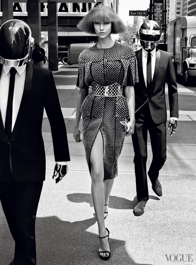 Karli Kloss advertises for Daft Punk in Vogue´s newest Fashion Campaign