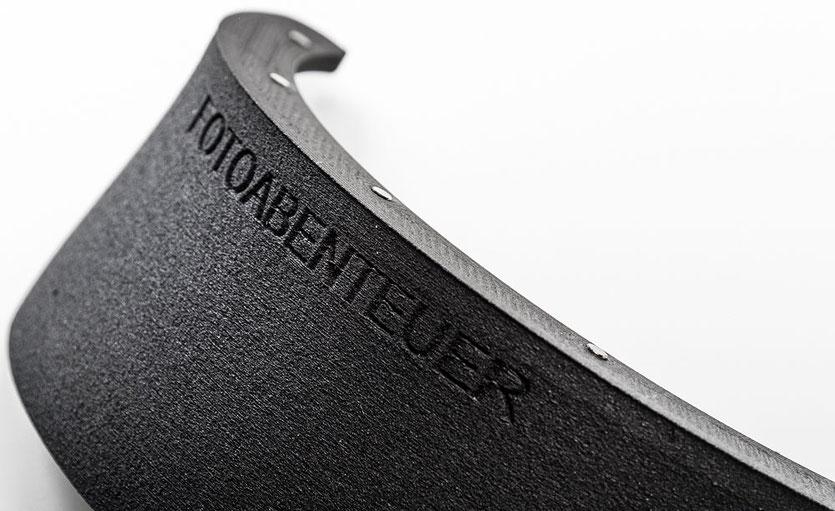 Test: Die Gegenlichtblende bzw. Witterungsschutzblende zum Filterprotector von fotoabenteuer.de hat eine rauhe Oberfläche zur wirksamen Reflexminderung , www.bonnescape.de