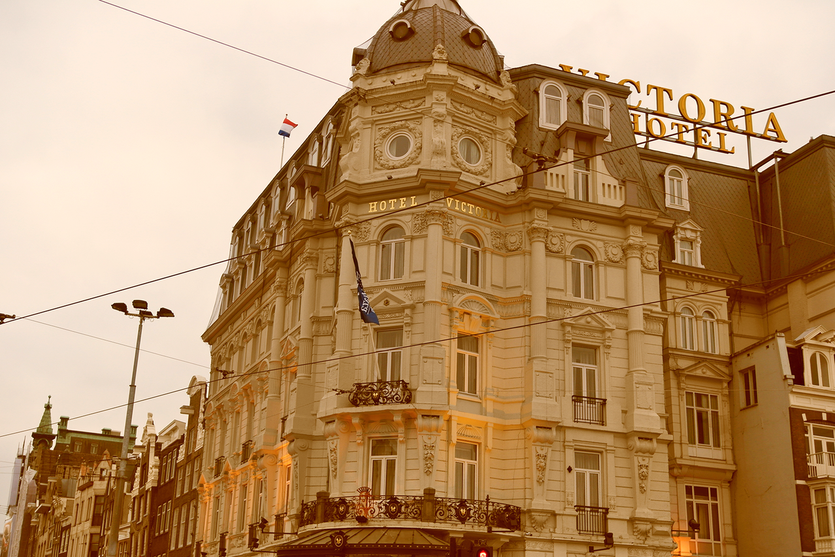Das Victoria Hotel! Wie es der Name schon sagt im typischen viktorianischen Stil