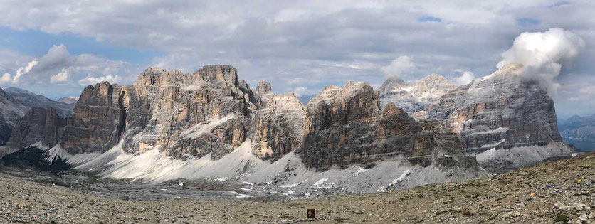 Dolomiten – Großer Lagazuoi, dahinter Tofane