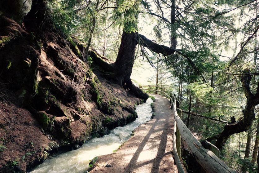 Schönste Waalwanderung Südtirol Bergwaal Schluderns
