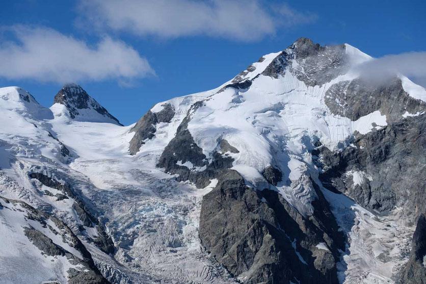 Piz Bernina Blick Wanderung Diavolezza Bergstation