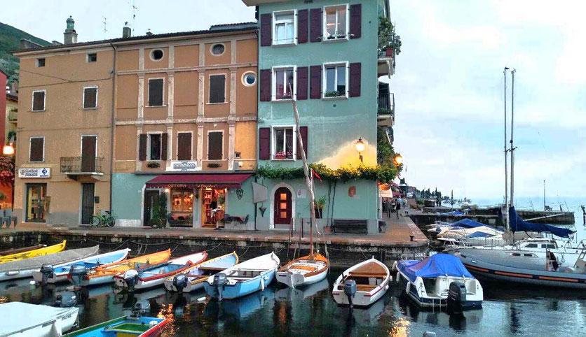 Gardasee Hafen Castelletto di Brenzone