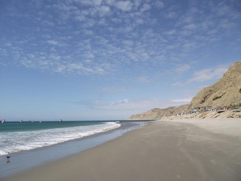 camping on the beach, Cabo Blanco Peru