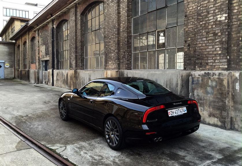 """Maserati 3200GT with AC 18""""BBS Whells, Spurverbreiterun hinten, tiefem Eibach Skyhook Fahrwerk (AC Abstimmung), Bremszangen Rosso mit Schriftzug"""