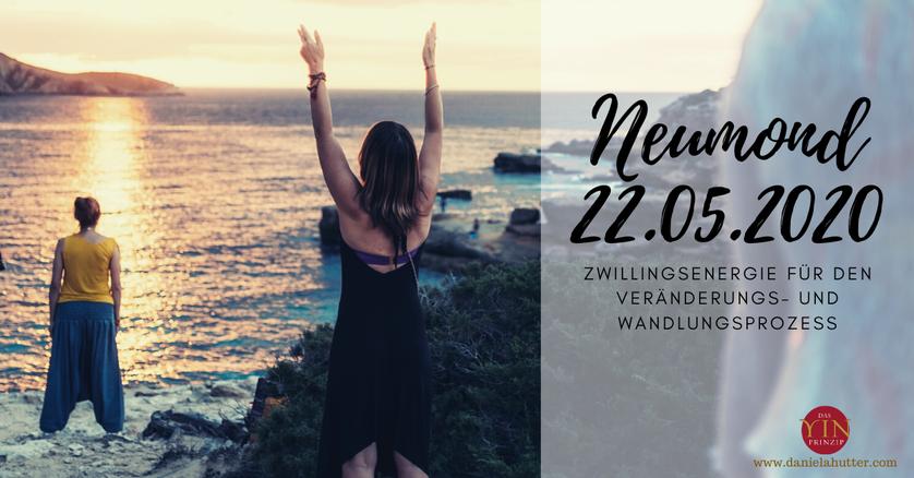 Daniela Hutter schreibt im YinPrinzip über zeitgemässe Spiritualität, ZeitQualität, TagesEnergien, Vollmond, Neumond, Portaltage und die erwachende Weiblichkeit, erinnert die Frauen an Sisterhood
