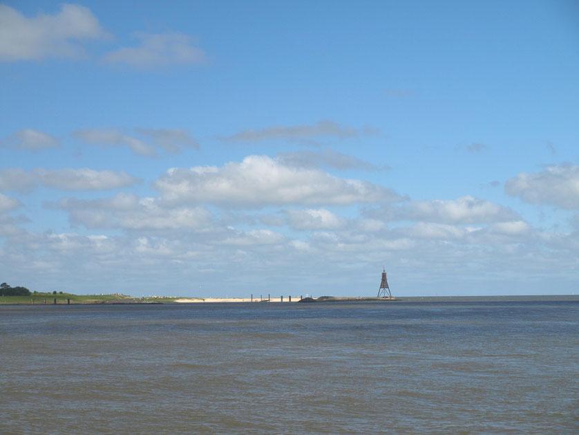 Die Kugelbake ist das Wahrzeichen von Cuxhaven an der Nordsee