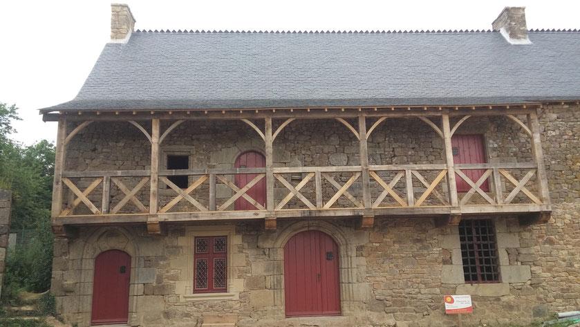 Restauration complète d'un manoir du 15ème siècle sur la commune de Saint Pern