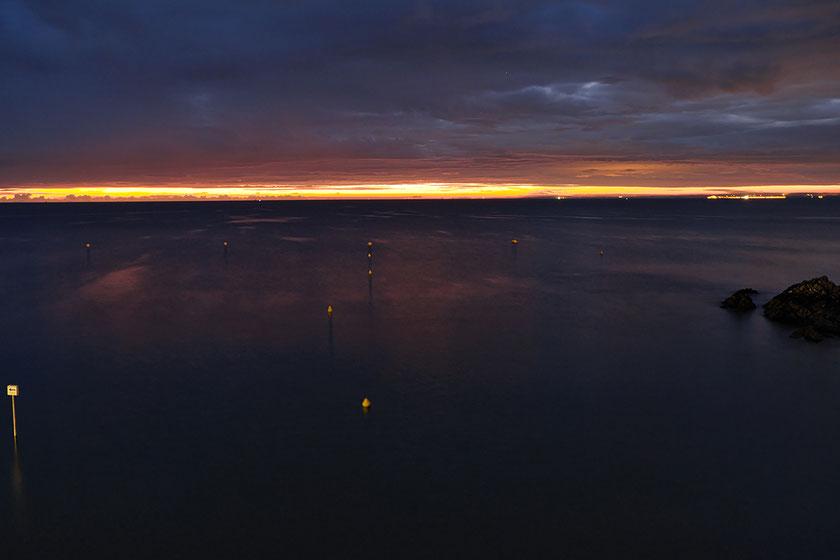 Mathieu Guillochon, photographe, rivages, couleurs, mer, Manche, Binic, côtes d'armor, Bretagne, aube, calme, violet.