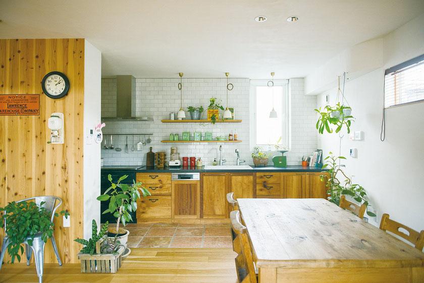 壁付 古材 オーダーキッチン キッチンタイル施工例