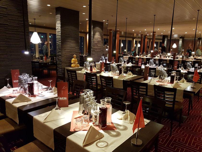Abendessen im East Restaurant