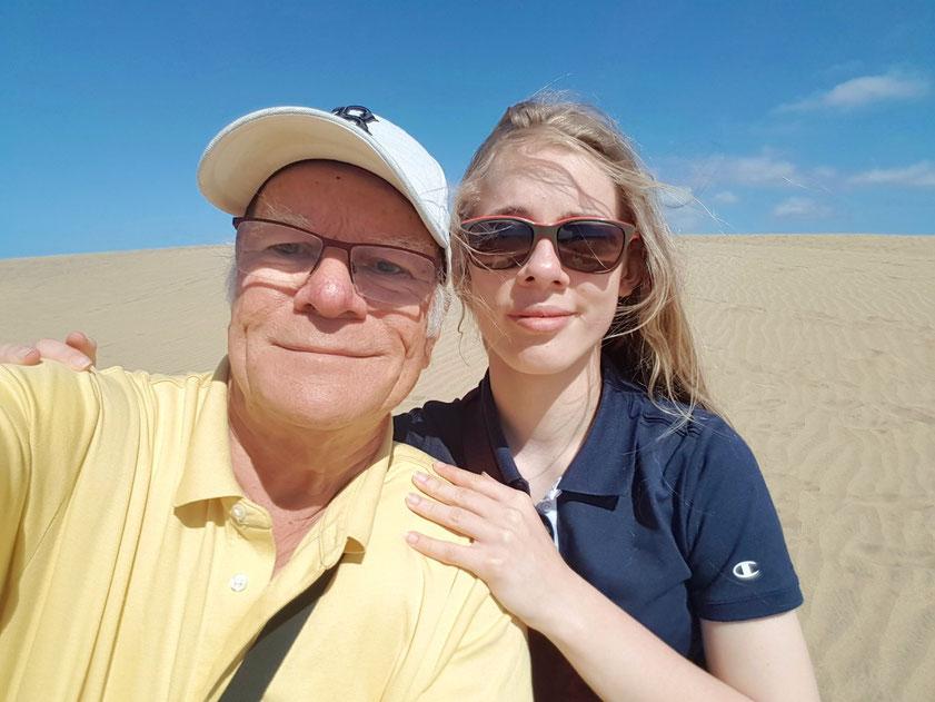 Frank und Enkelin Ricarda, seit 2014 ein erprobtes Reiseteam für die Kanarischen Inseln (Lanzarote 2014, Teneriffa 2015, La Palma 2017, La Gomera und Teneriffa 2018, Gran Canaria 2019)
