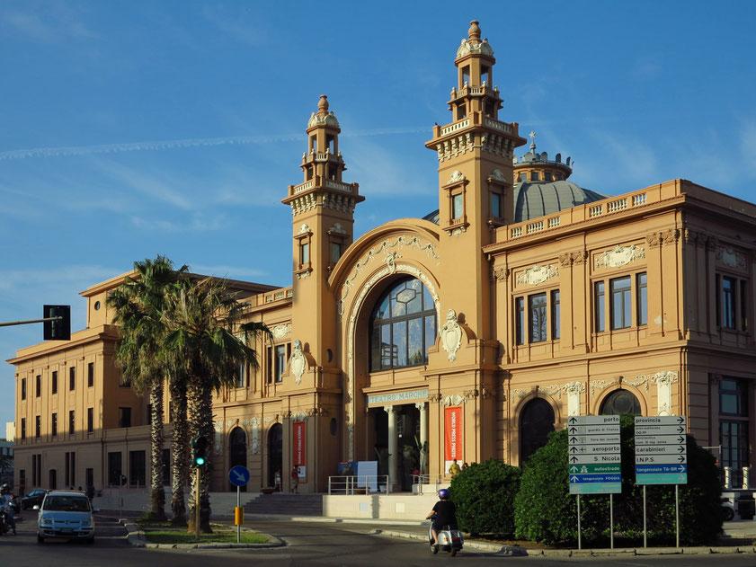 """Margheria-Theater mit der internationalen Ausstellung """"World Press Photo 2019"""""""