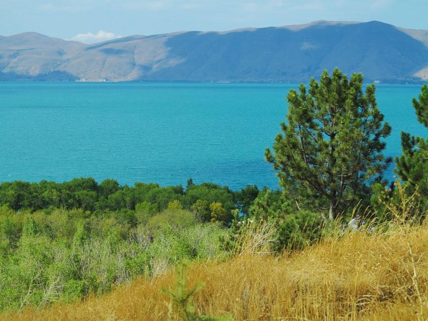 Sewansee, der größte Süßwassersee Armeniens sowie des gesamten Kaukasus. Der See liegt 1900 m über dem Meeresspiegel.