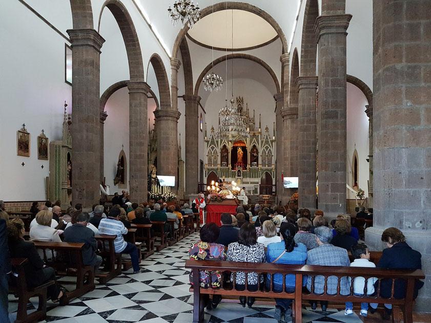 """Ingenio, Karfreitagsmesse um 18 Uhr in der Parroquia Ntra. Sra. de la Candelaria. """"Passion unseres Herrn Jesus Christus nach dem Johannesevangelium"""""""