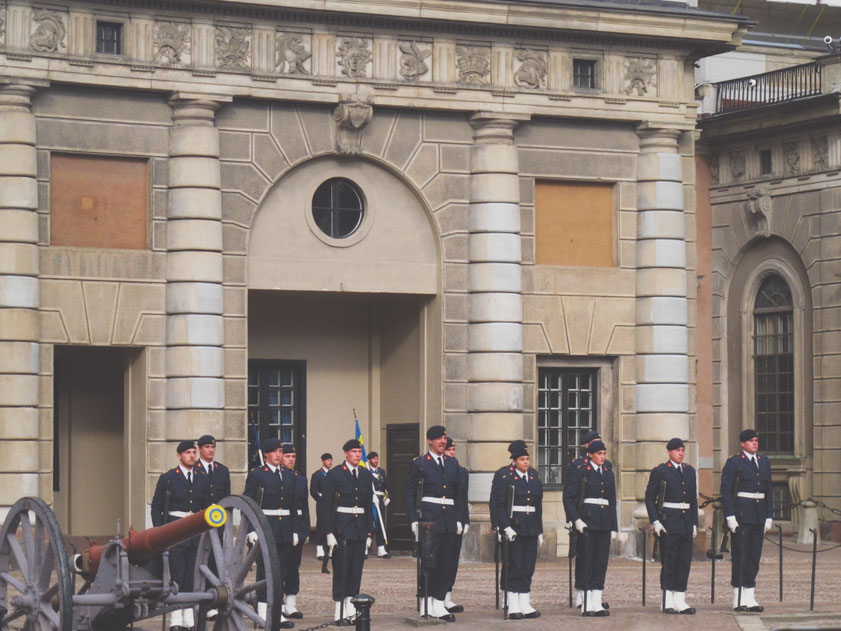 stockholm garde palais suède