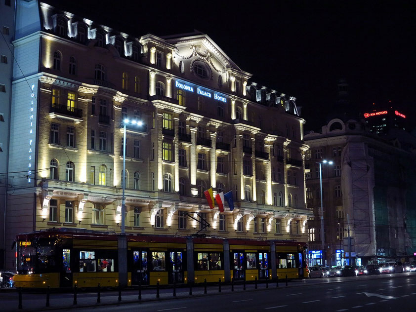 Polonia Palace Hotel (www.poloniapalace.com)