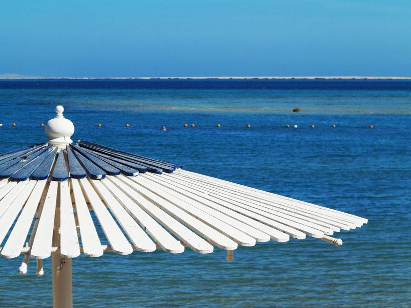 Am Strand des Hilton Resort Hurghada