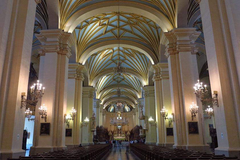 Lima, Hauptschiff der Kathedrale