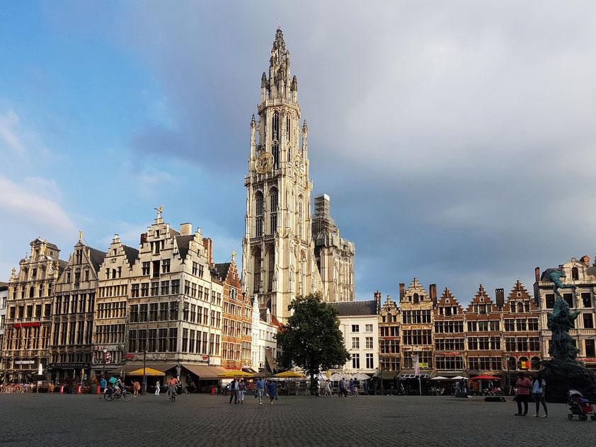 Antwerpen, Grote Markt und Liebfrauenkathedrale