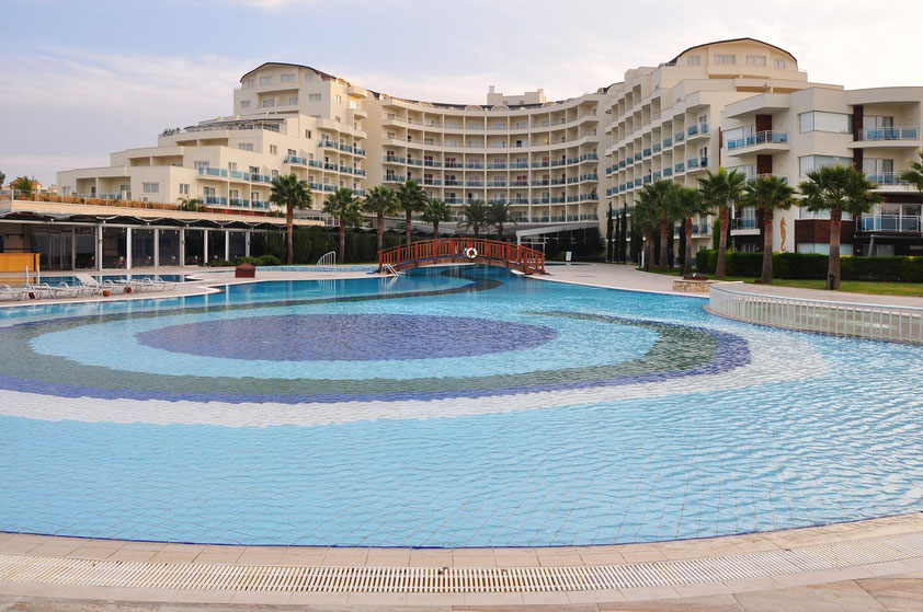 Sealight Resort Hotel in Kuşadasi