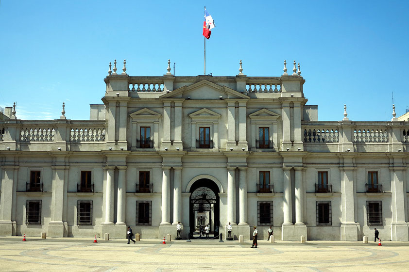 La Moneda, die einstige Münzprägeanstalt Chiles, ist heute der chilenische Präsidentenpalast, erbaut zwischen 1786 und 1812, Neoklassizismus