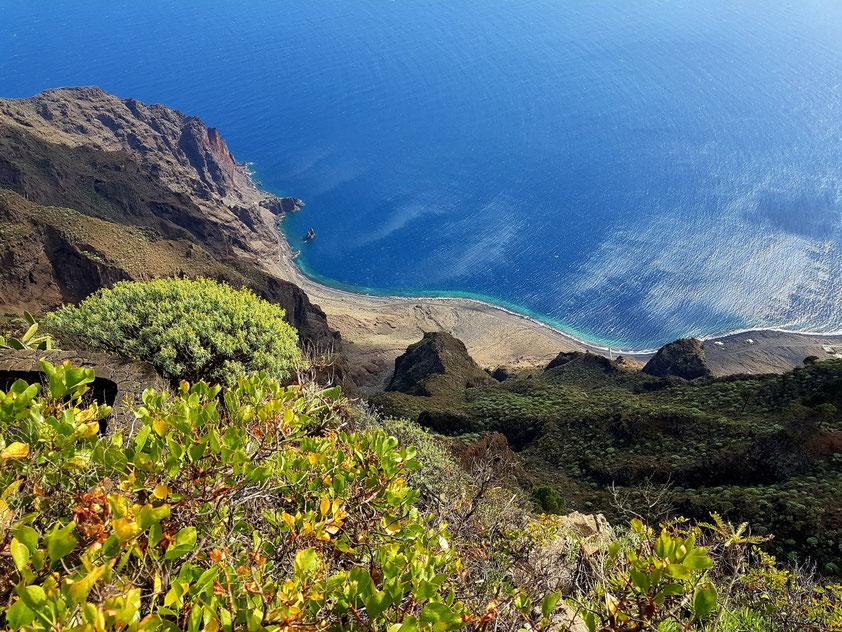 Blick vom Mirador de Isora auf Las Playas mit dem Roque Bonanza