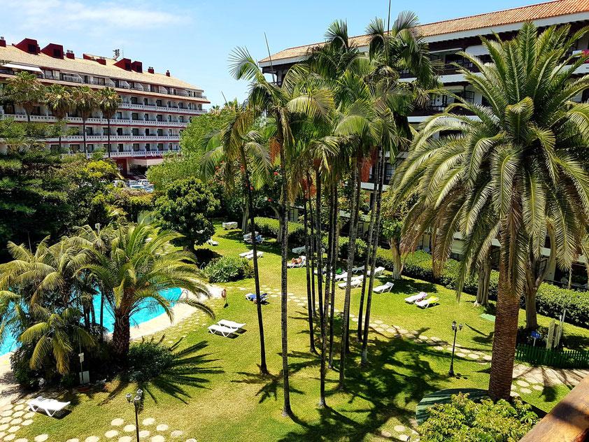 Puerto de la Cruz, La Paz. Blick von unserem Zimmer 434 auf den Garten des Hotels Coral Teide Mar