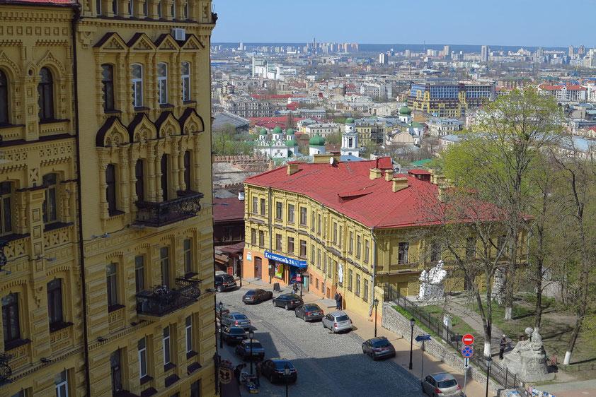 Blick von der Andreaskirche hinunter zum Andreassteig