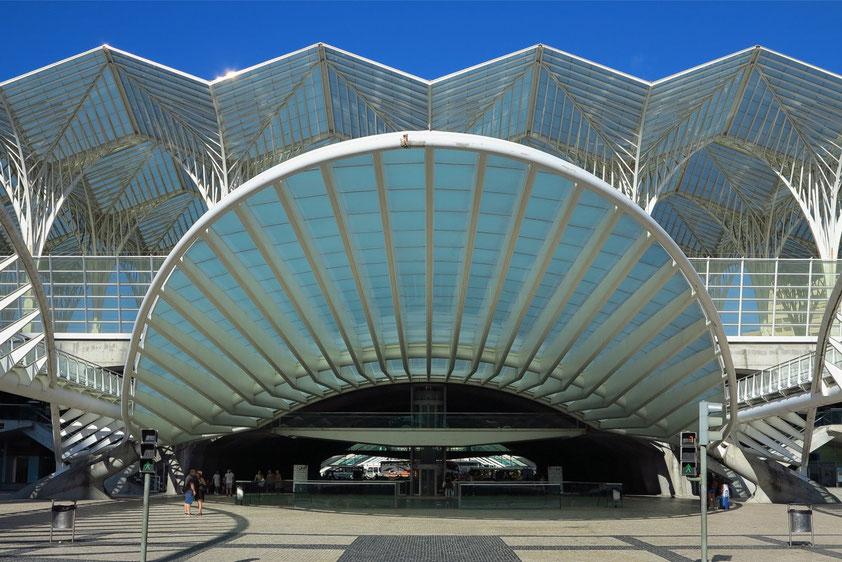 Estação do Oriente (Gare do Oriente), Architekt: Santiago Calatrava, als Eingang der Expo98 errichtet
