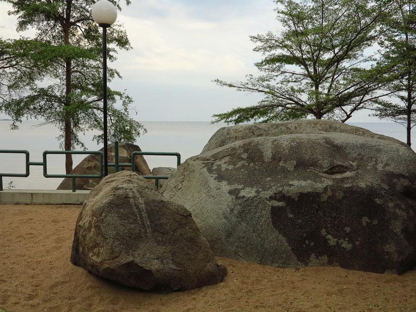 Granitblöcke am Victoriasee