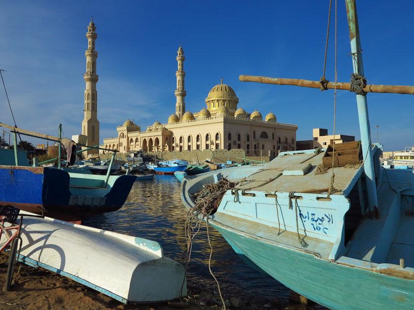 Im Fischerhafen von Hurghada