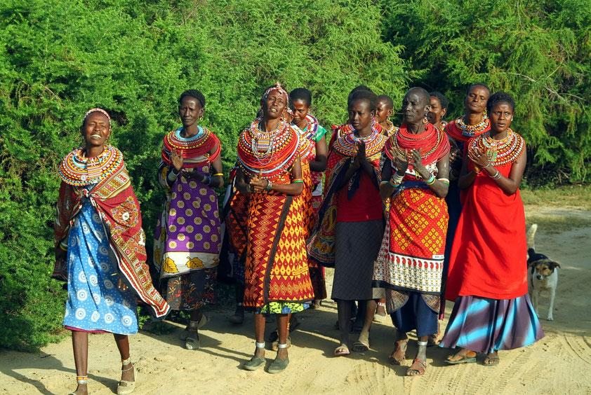 """Empfang in Umoja, im """"Dorf der Frauen"""", am Rande des Samburo-Wildreservats in Kenia"""