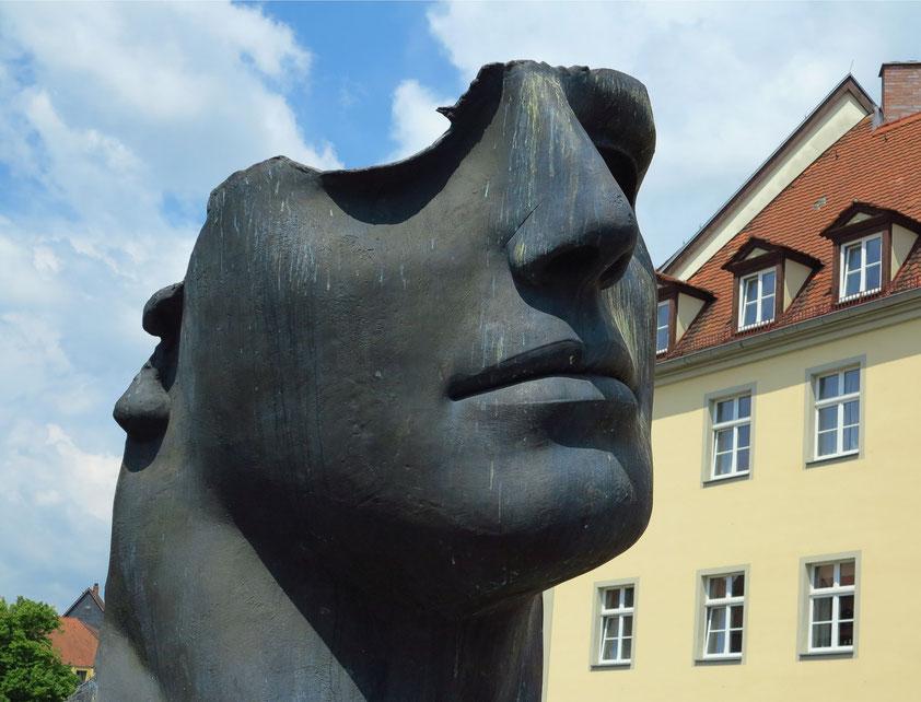 """""""Centurione I"""", Skulptur des zeitgenössischen Künstlers Igor Mitoraj (1944-2014) (vgl. Mitorays Skulptur """"Eros"""" in Krakau)"""