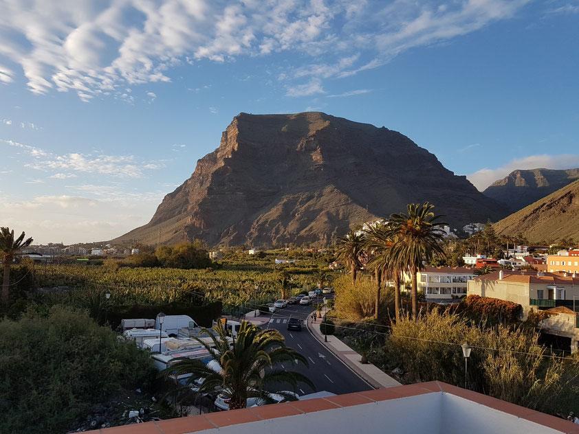 Blick von der Terrasse unseres Apartments Casa Antonio (Calle el Mantillo, 8) nach N