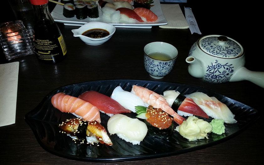 Mittagessen im Sushi-Restaurant Sayuri am Kurfürstendamm 137