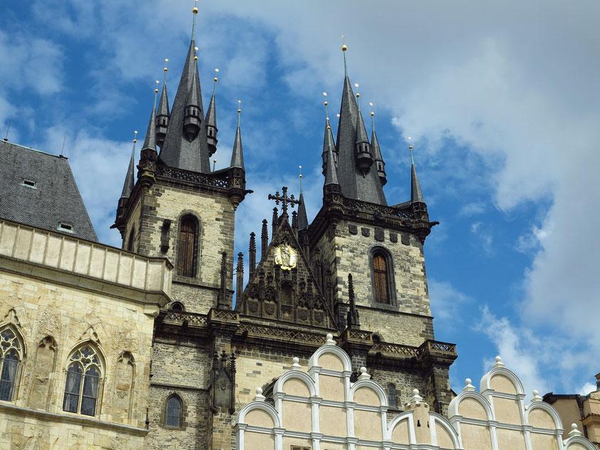Prag, Altstädter Ring, Türme der Teynkirche