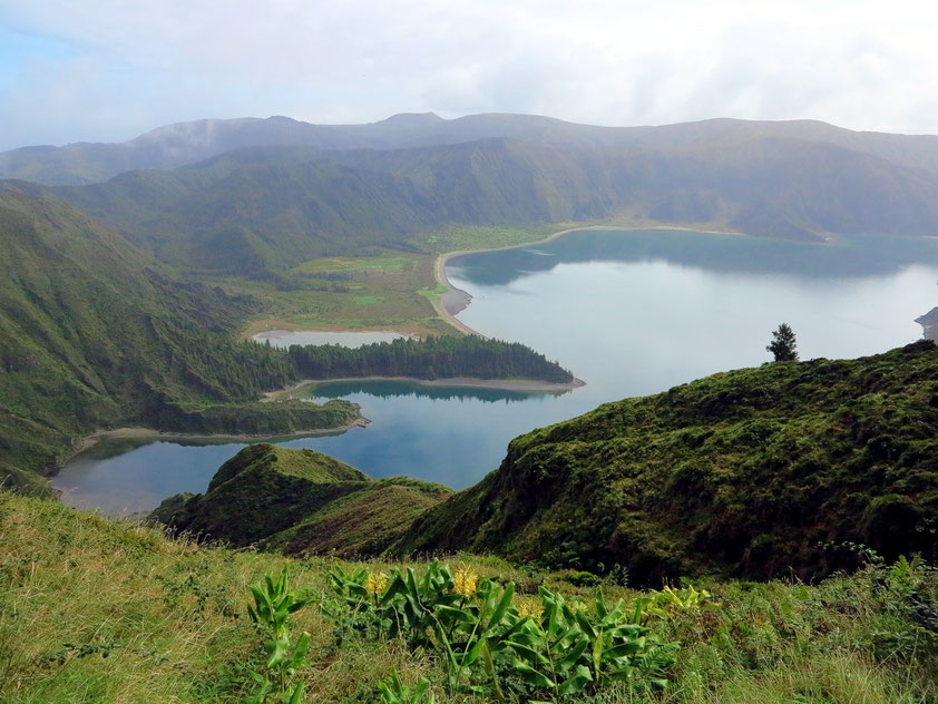 Lagoa do Fogo, Miradouro do Pico da Barrosa
