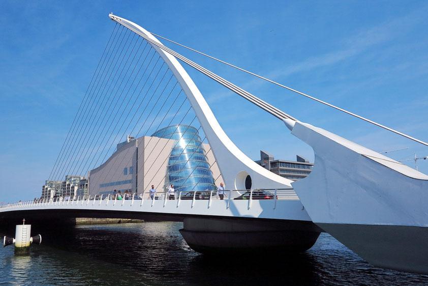 Das Convention Centre, eröffnet 2010, besitzt 22 Multifunktionrräume, der größte Konferenzsaal fasst bis 5 000 Teilnehmer (Architekt: Kevin Roche).
