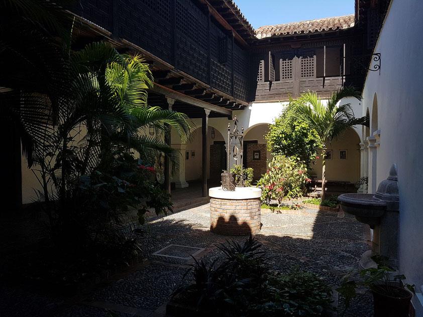 Patio der Casa de Don Diego Velázquez, erbaut 1516-19, ältestes Haus Kubas