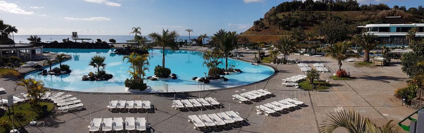Santa Cruz de Tenerife. Panoramaaufnahme des Parque Marítimo César Manrique