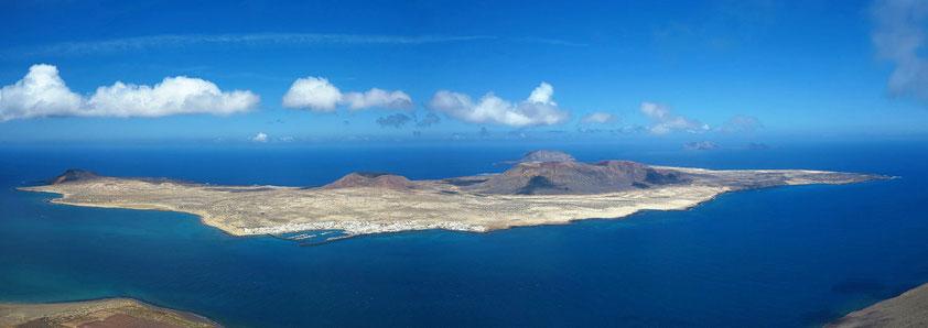 Insel Graciosa. Blick vom Mirador del Rio