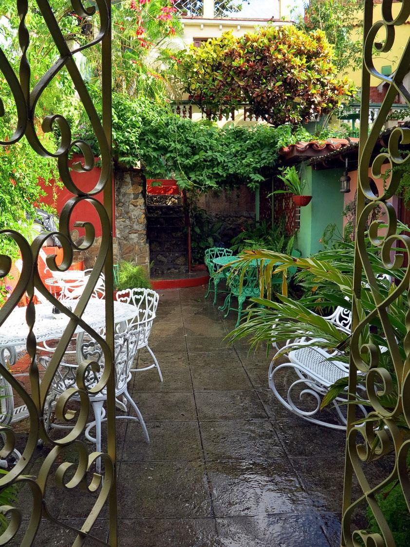 Im Garten der Privatpension Elda y Roberto