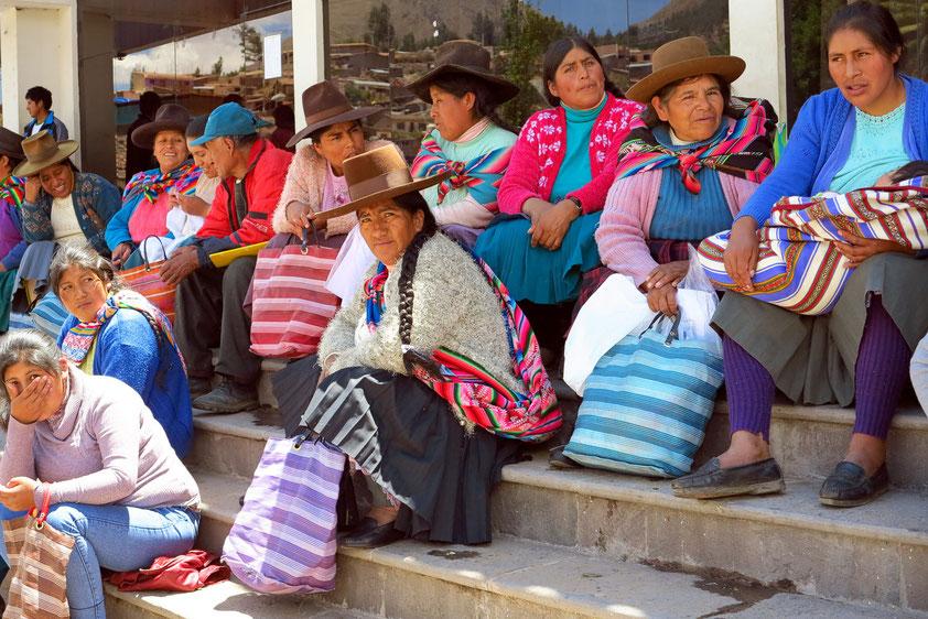 Marktfrauen in Urcos